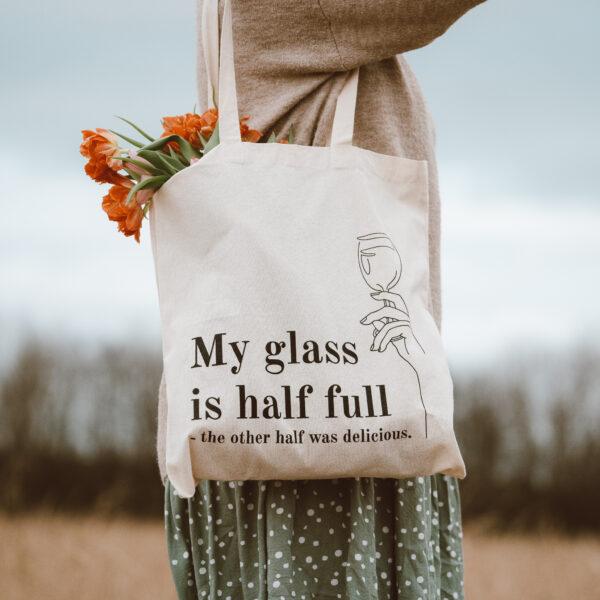 Baumwolltasche glass half full